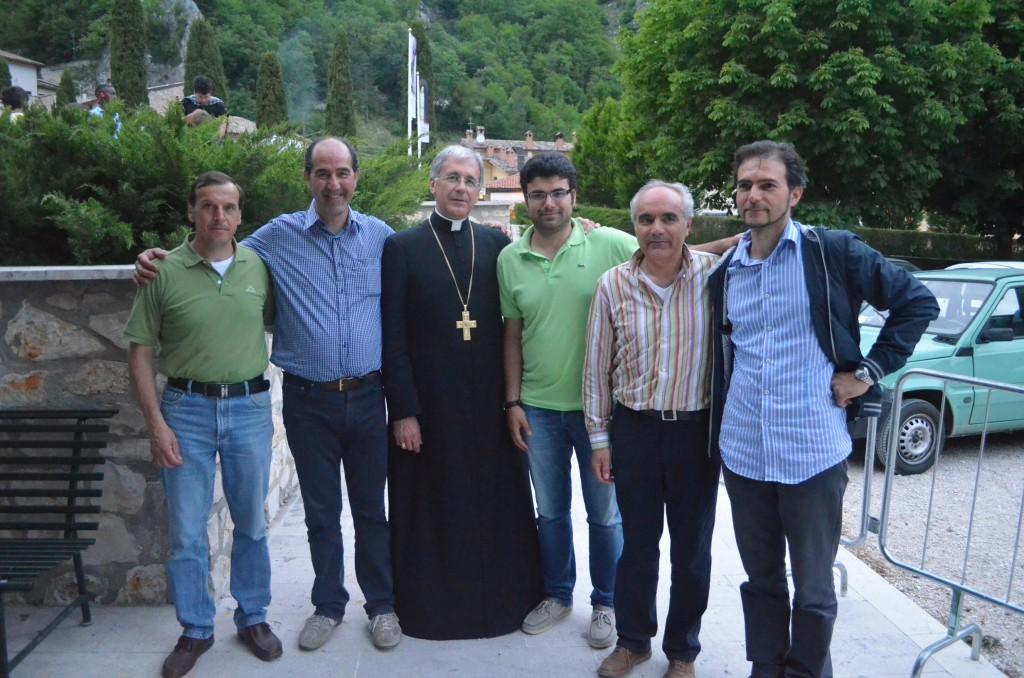 Equipe Educativa con Arcivescovo Boccardo